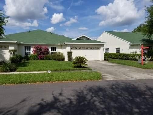 34853 Double Eagle Court, Zephyrhills, FL 33541 (MLS #A4430612) :: Griffin Group