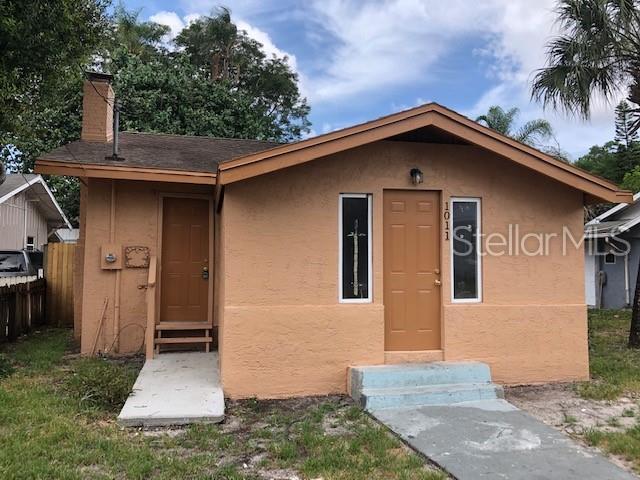 1011 23RD Avenue W, Bradenton, FL 34205 (MLS #A4438613) :: Team 54