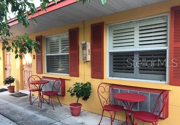 110 8TH Street S, Bradenton Beach, FL 34217 (MLS #A4438886) :: Premium Properties Real Estate Services