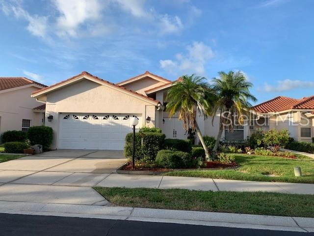 4319 Marcott Circle, Sarasota, FL 34233 (MLS #A4438944) :: Griffin Group