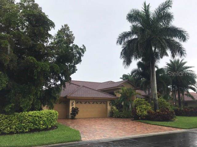 4911 Fallcrest Circle, Sarasota, FL 34233 (MLS #A4443551) :: Baird Realty Group