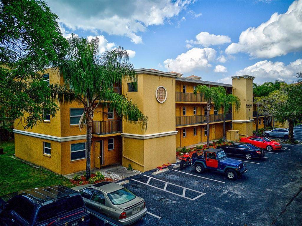 1045 Cocoanut Avenue - Photo 1