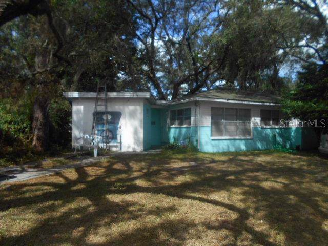 Address Not Published, Tampa, FL 33612 (MLS #A4448035) :: The Light Team