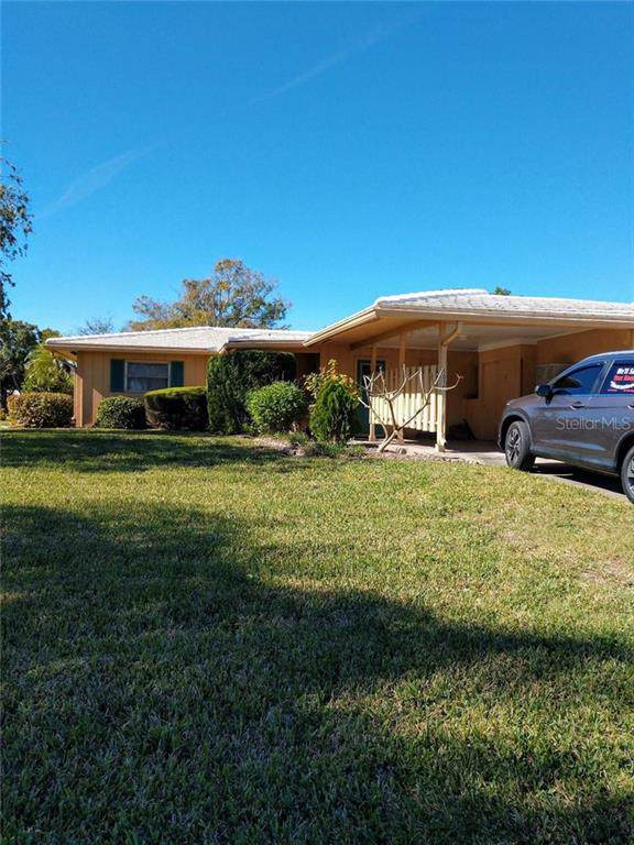 1010 Village Green Parkway, Bradenton, FL 34209 (MLS #A4453325) :: Remax Alliance