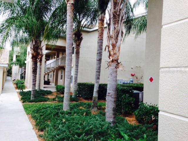 803 Fairwaycove Lane #208, Bradenton, FL 34212 (MLS #A4457480) :: Team Bohannon Keller Williams, Tampa Properties