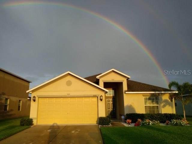 2427 Dakota Cliff Street, Ruskin, FL 33570 (MLS #A4458774) :: Charles Rutenberg Realty