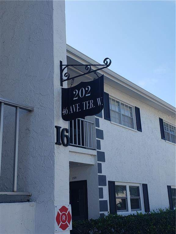 202 46TH AVENUE Terrace W #405, Bradenton, FL 34207 (MLS #A4458955) :: Alpha Equity Team