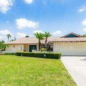 3738 Allenwood Street, Sarasota, FL 34232 (MLS #A4467322) :: The Duncan Duo Team