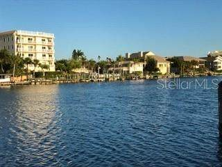 9022 Midnight Pass Road #328, Sarasota, FL 34242 (MLS #A4474543) :: The Brenda Wade Team