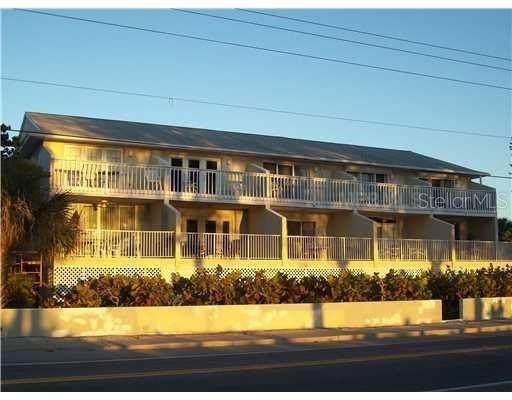 703 Gulf Drive S #2, Bradenton Beach, FL 34217 (MLS #A4474666) :: The Figueroa Team