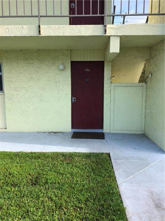 2908 Clark Road #6, Sarasota, FL 34231 (MLS #A4478590) :: Delgado Home Team at Keller Williams