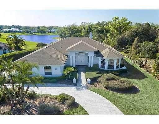 2902 Wilderness Boulevard E, Parrish, FL 34219 (MLS #A4483778) :: Frankenstein Home Team