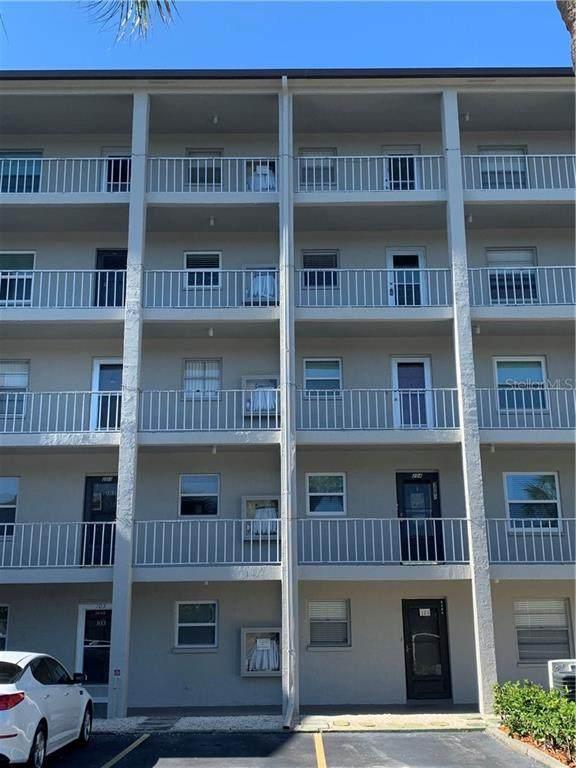 3198 Lake Bayshore Drive #404, Bradenton, FL 34205 (MLS #A4484674) :: Young Real Estate