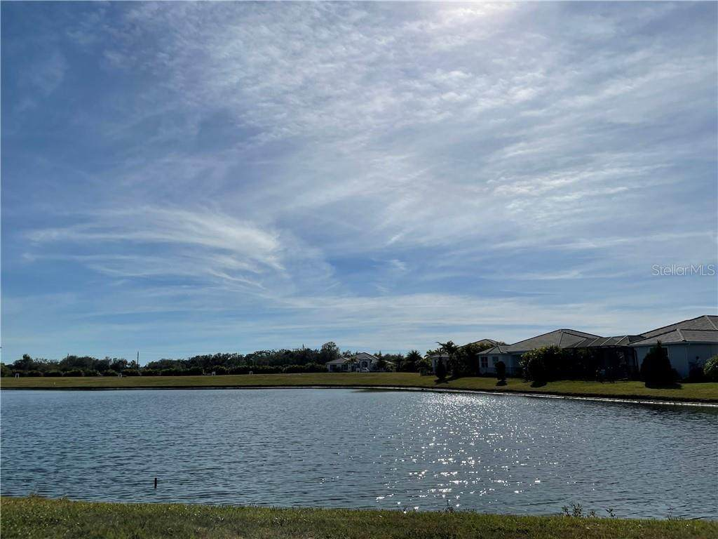 7712 Sandhill Lake Drive - Photo 1