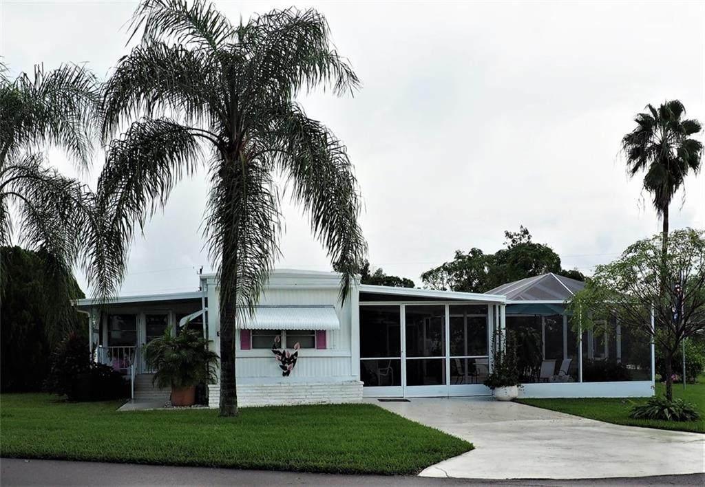 351 Blackburn Boulevard - Photo 1
