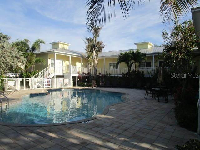 1054 Sun N Sea Drive 104D, Sarasota, FL 34242 (MLS #A4496877) :: Medway Realty