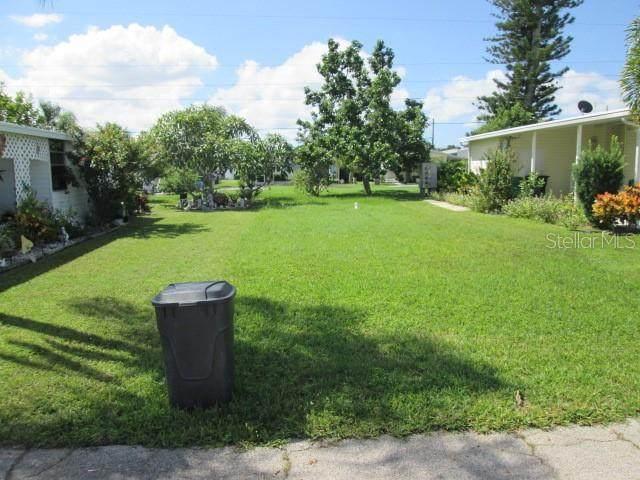 14 Flores Drive, Palmetto, FL 34221 (MLS #A4498807) :: Zarghami Group