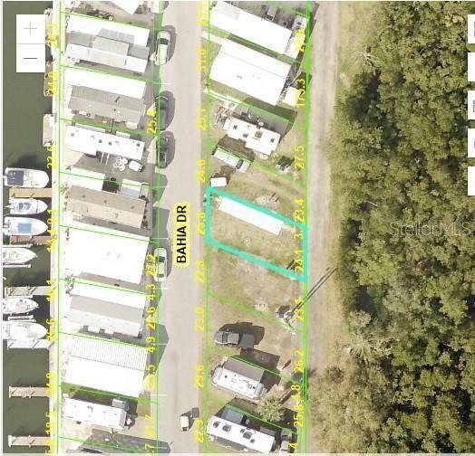 129 Bahia Drive, Palmetto, FL 34221 (MLS #A4499103) :: The Paxton Group