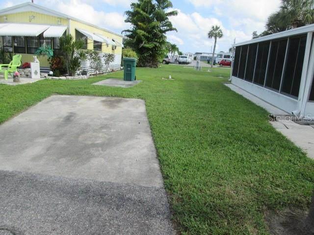 35 Montego Drive, Palmetto, FL 34221 (MLS #A4499914) :: Zarghami Group