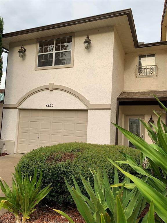 1233 Avenida De Las Casas #1233, Lady Lake, FL 32159 (MLS #A4500607) :: Team Turner