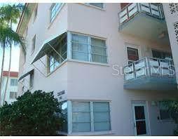 3018 59TH Street S #201, Gulfport, FL 33707 (MLS #A4502023) :: Heckler Realty