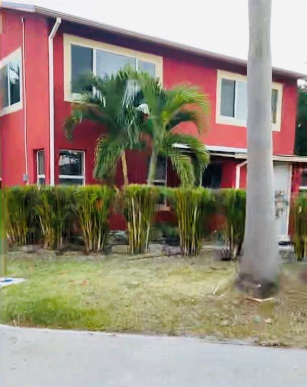 13100 Boca Ciega Avenue, Madeira Beach, FL 33708 (MLS #A4503078) :: The Heidi Schrock Team