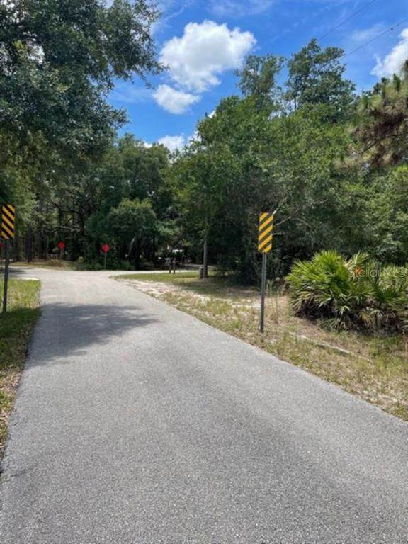 7006 229TH Street E, Bradenton, FL 34211 (MLS #A4503527) :: Armel Real Estate