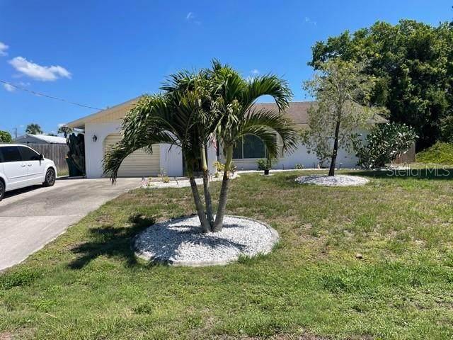 114 Cambridge Drive NW, Port Charlotte, FL 33952 (MLS #A4503839) :: Everlane Realty