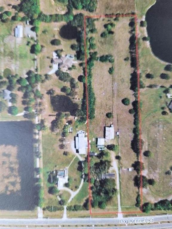 2400 Lorraine Road, Sarasota, FL 34240 (MLS #A4504194) :: Armel Real Estate