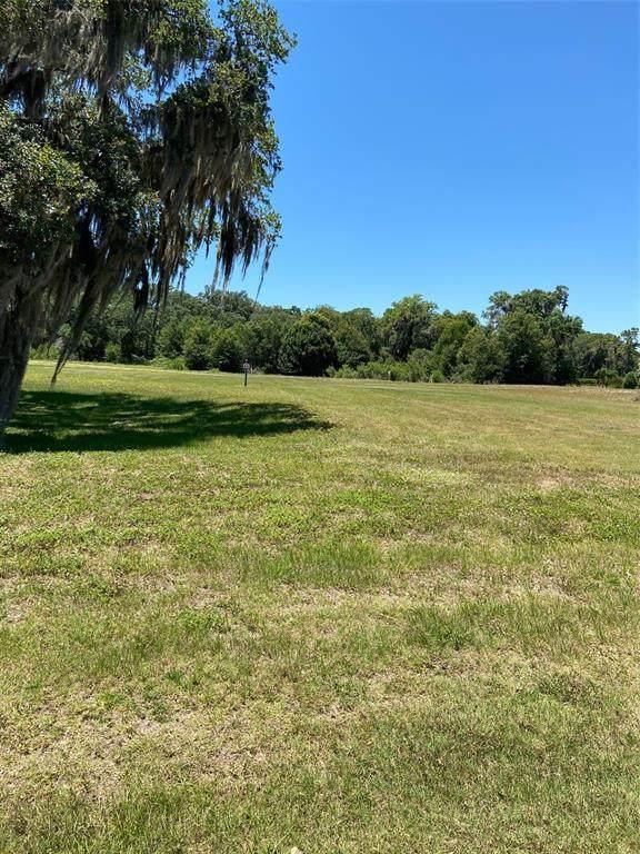 4052 Founders Club Drive, Sarasota, FL 34240 (MLS #A4504817) :: RE/MAX Elite Realty