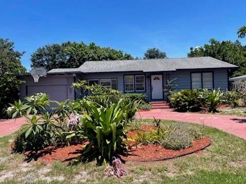 2061 Wisteria Street, Sarasota, FL 34239 (MLS #A4507502) :: McConnell and Associates