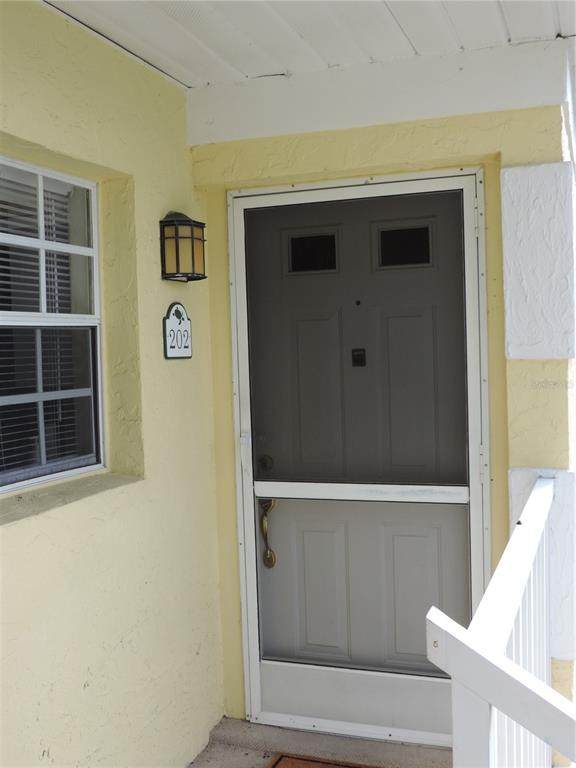 944 Capri Isles Boulevard #202, Venice, FL 34292 (MLS #A4507835) :: Prestige Home Realty