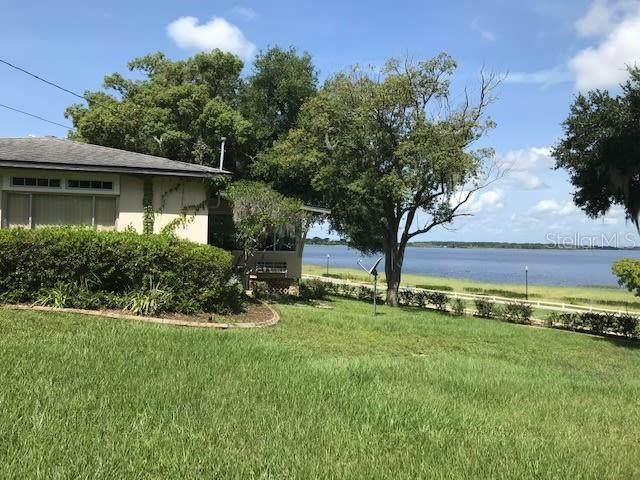 512 Carroll Street, Clermont, FL 34711 (MLS #A4511807) :: The Curlings Group