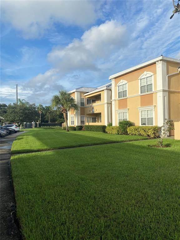 1050 Villagio Circle #208, Sarasota, FL 34237 (MLS #A4512720) :: Cartwright Realty
