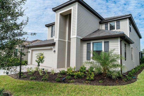 6642 Clairborne Lane, Lakewood Ranch, FL 34211 (MLS #A4513567) :: SunCoast Home Experts