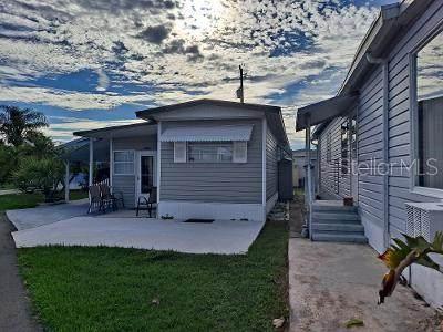 2060 Champion Street, Sarasota, FL 34231 (MLS #A4516152) :: The Deal Estate Team | Bright Realty