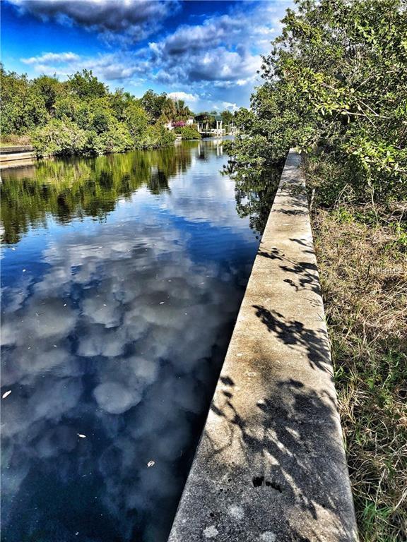 18702 Arapahoe Circle, Port Charlotte, FL 33948 (MLS #C7249770) :: Griffin Group