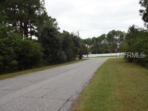 1038 Beekman Circle, Port Charlotte, FL 33953 (MLS #C7250913) :: Griffin Group