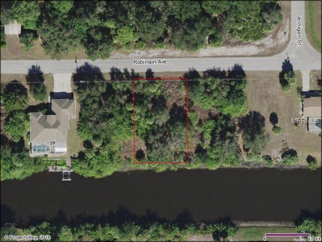 17381 Robinson Avenue, Port Charlotte, FL 33948 (MLS #C7402052) :: Mark and Joni Coulter | Better Homes and Gardens