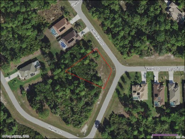 233 Australian Drive, Rotonda West, FL 33947 (MLS #C7402299) :: The Lockhart Team