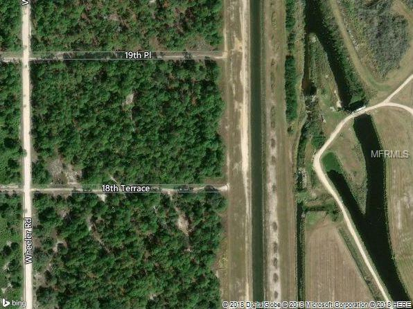 7510 18TH Place, Labelle, FL 33935 (MLS #C7402339) :: The Duncan Duo Team