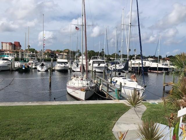 5 Port Drive, Venice, FL 34285 (MLS #C7405149) :: The Duncan Duo Team