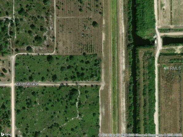 7500 23RD Terrace, Labelle, FL 33935 (MLS #C7405728) :: 54 Realty