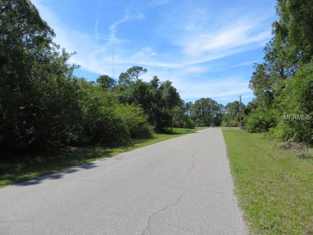 113 Yellow Pine Drive, Rotonda West, FL 33947 (MLS #C7414550) :: Delgado Home Team at Keller Williams