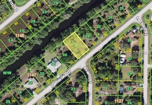 249 Pembroke Drive, Port Charlotte, FL 33954 (MLS #C7415103) :: The Duncan Duo Team