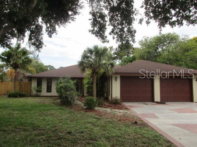 3271 Shamrock Drive, Venice, FL 34293 (MLS #C7416734) :: Premium Properties Real Estate Services