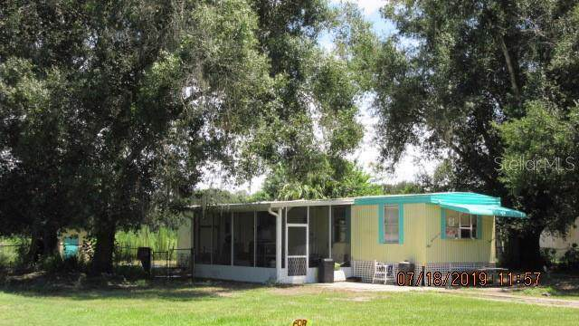 2183 SE E & T Circle, Arcadia, FL 34266 (MLS #C7418071) :: Medway Realty