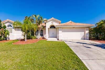 2340 Magdalina Drive, Punta Gorda, FL 33950 (MLS #C7419712) :: Delgado Home Team at Keller Williams