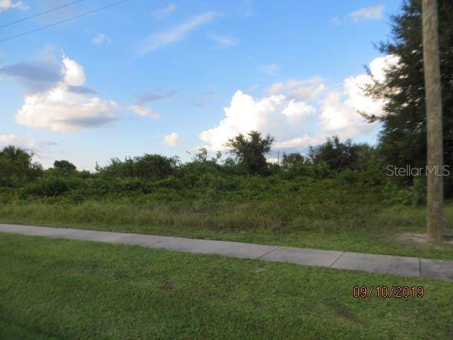 12612 Willmington Boulevard, Port Charlotte, FL 33981 (MLS #C7420073) :: White Sands Realty Group