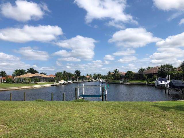 1236 Spanish Cay Lane, Punta Gorda, FL 33950 (MLS #C7424384) :: The Duncan Duo Team